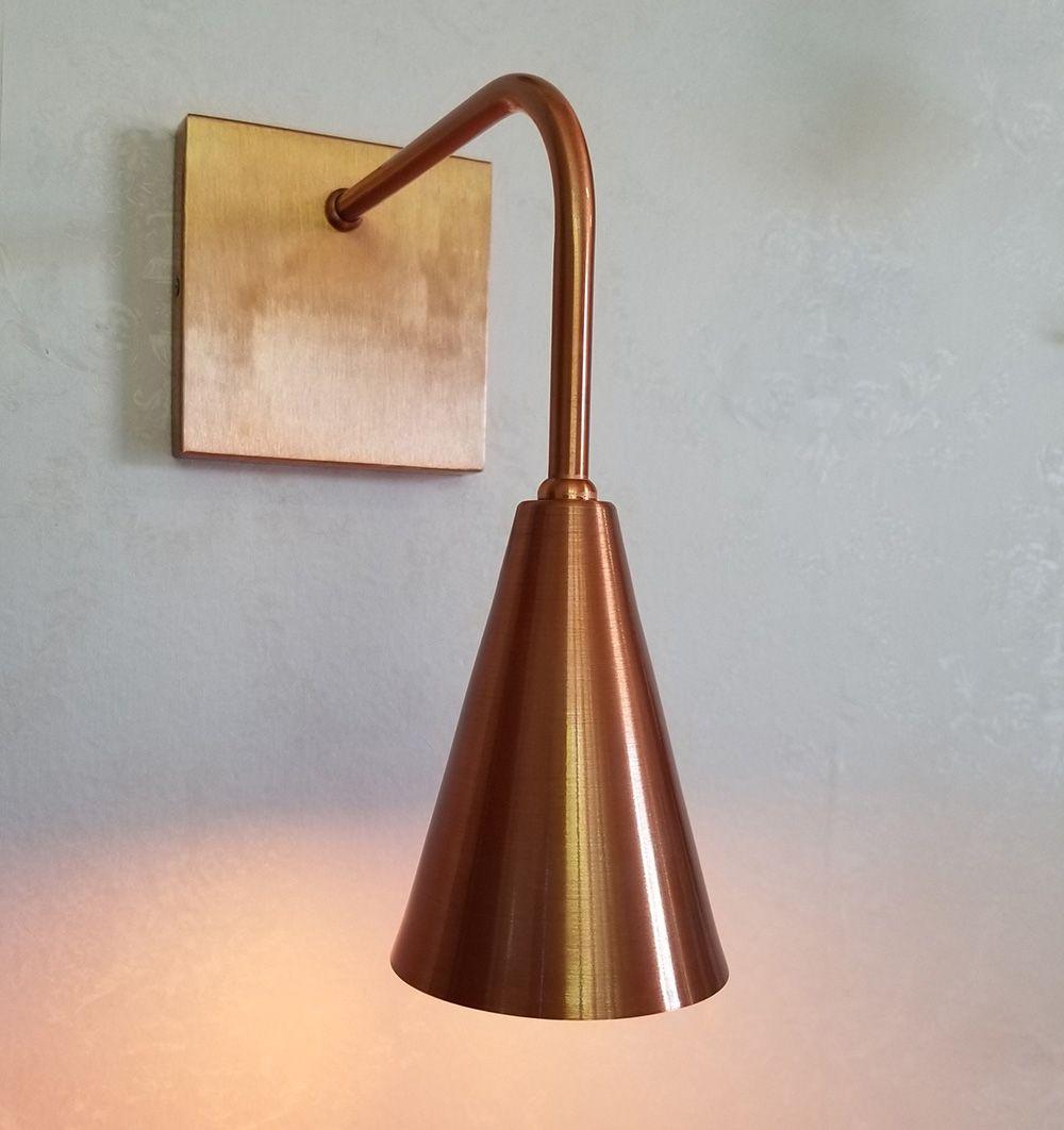 Luminária de Cabeceira Moderna Cor Cobre