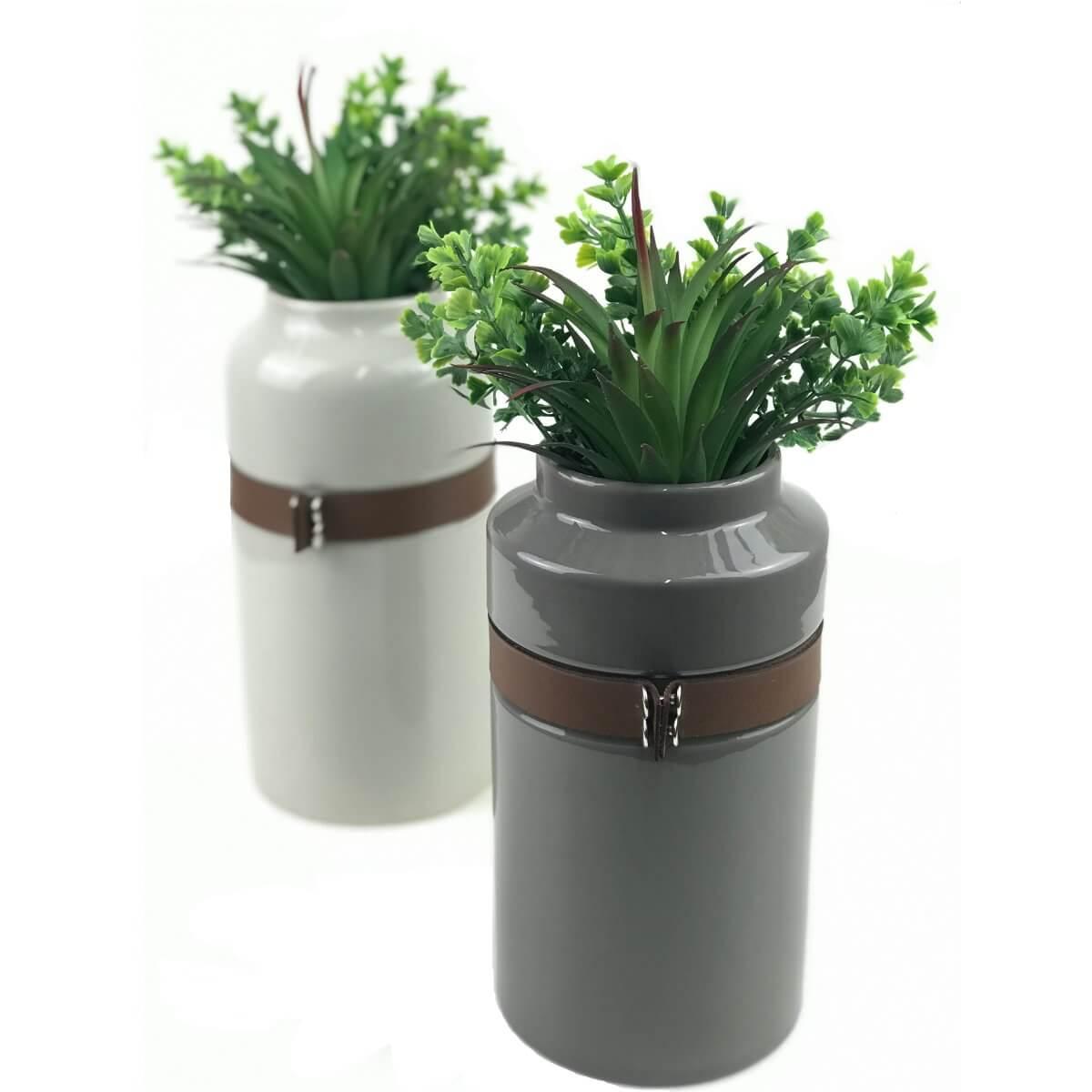 Vaso de Ceramica com Cinto de Couro - Cinza Claro