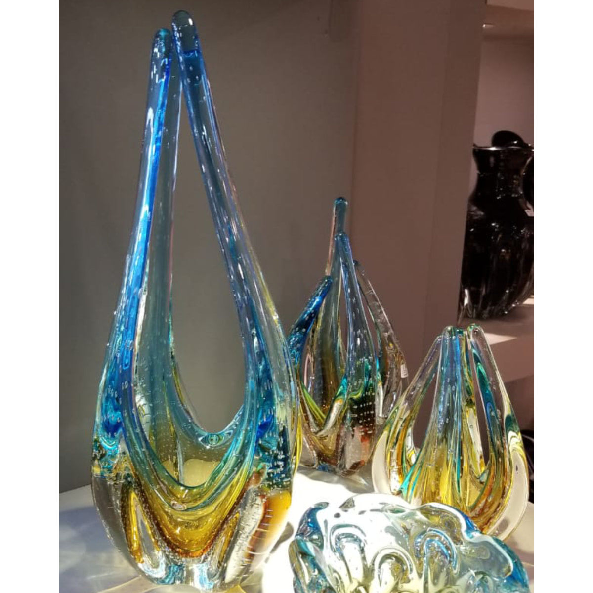 Escultura De Murano São Marcos - Cristal Azul com Âmbar 48cm