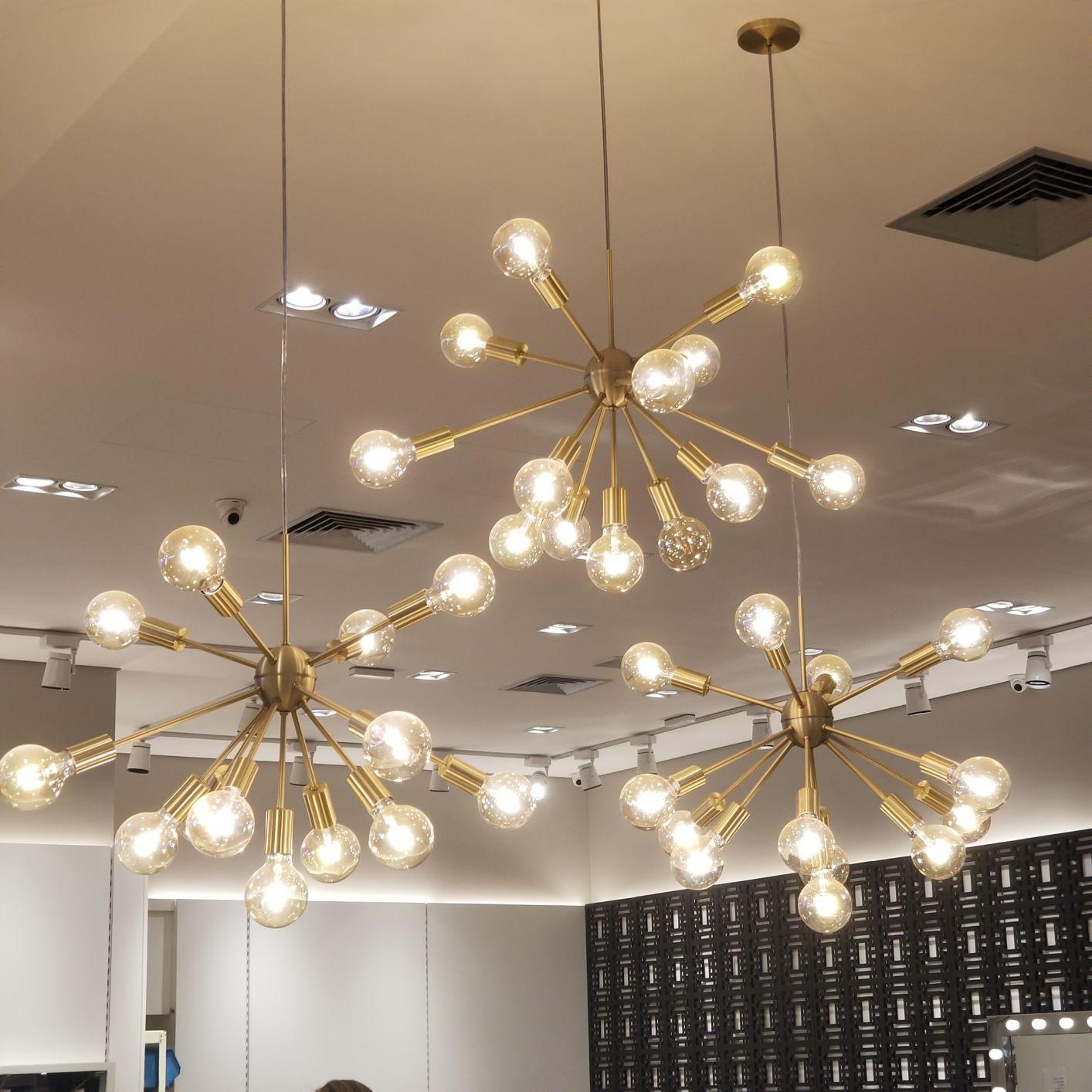 Lustre Pendente Moderno Sputnik Dourado - 13 Lâmpadas (Não Inclusas) -  CasaCenter